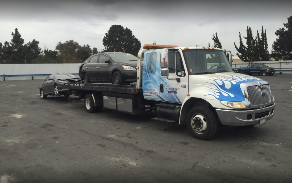 Hiring Towing Services for Exceptional Road Assistance